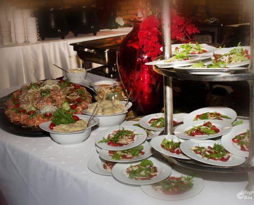 Uitgebreid buffet feestzaal